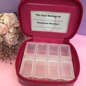 DSW Portable Pill Case